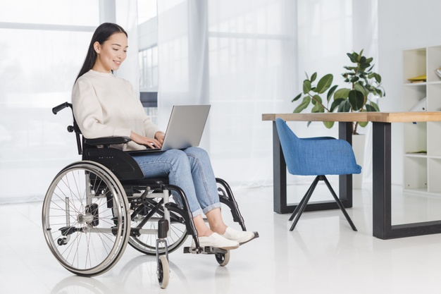 https://www.farmaciagiannantonio.com/wp-content/uploads/2021/03/young-disabled-woman-sitting-wheelchair-using-laptop-workplace_23-2148127310.jpg